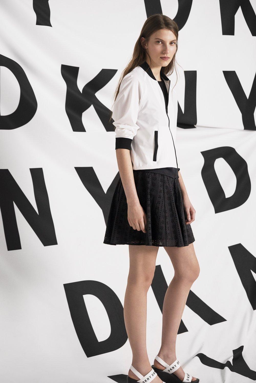 DKNY_SS18_EDITORIAL_BTS_13.jpg