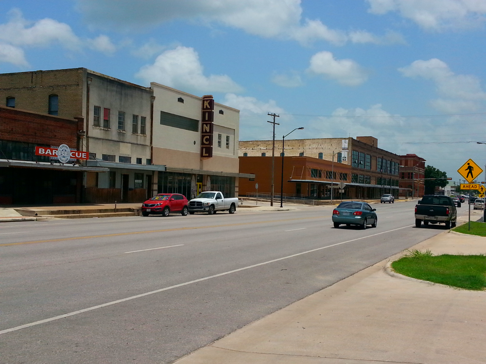 Louie Mueller Barbecue in downtown Taylor, TX  – a familiar street from Transformers: Age of Extinction