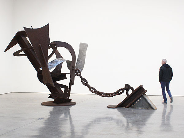 Mark di Suvero,  Szymborska , 2013-16, steel, 124 x 271 x 100 in. (315 x 688.3 x 254 cm)