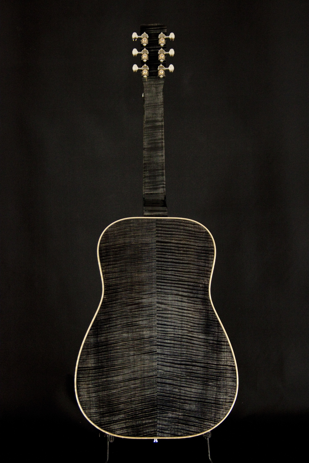 E-Model-Maple-Black Ice