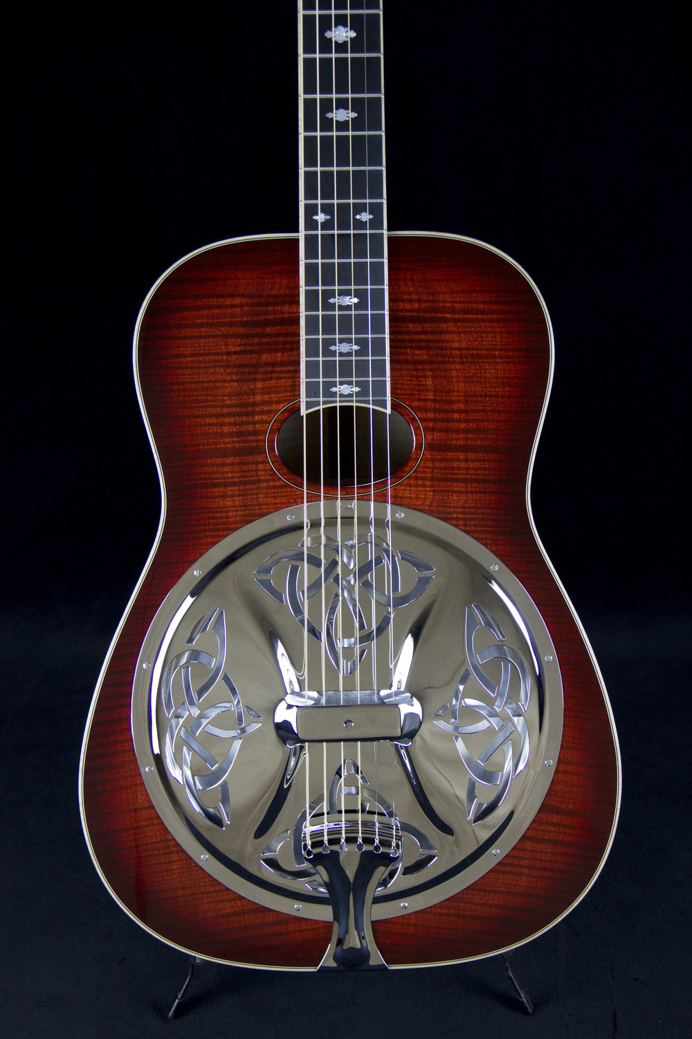 Celtic Knot™ Coverplate on Beard E Odyssey™
