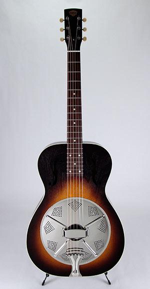 Deco Phonic™ Model 47 Roundneck