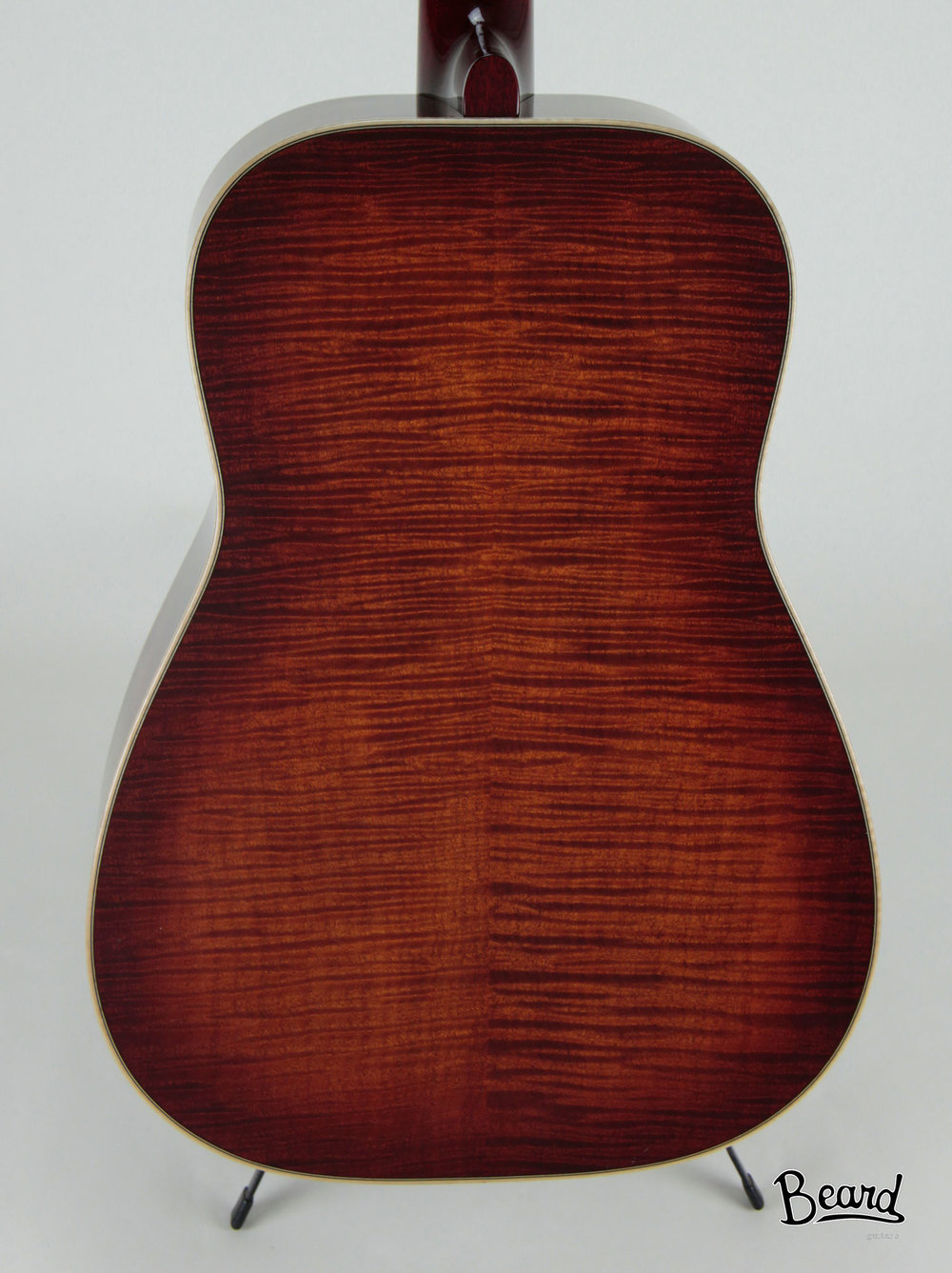 E-Model-Maple-Amber-RND-Back.jpg