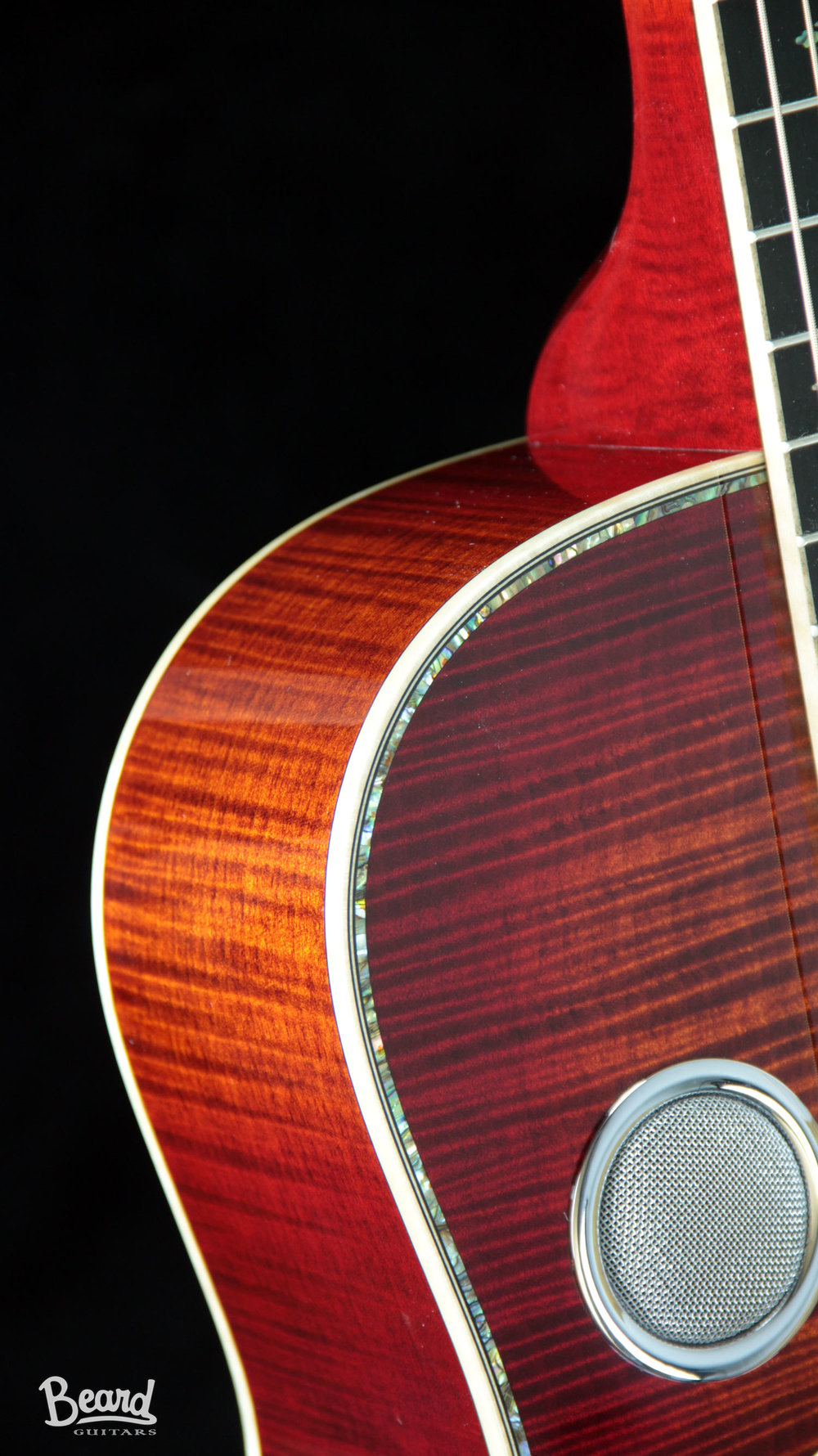 E-Model-Maple-Cherry-Fire-Burst-inlay-with-hiphsot-det-1.jpg