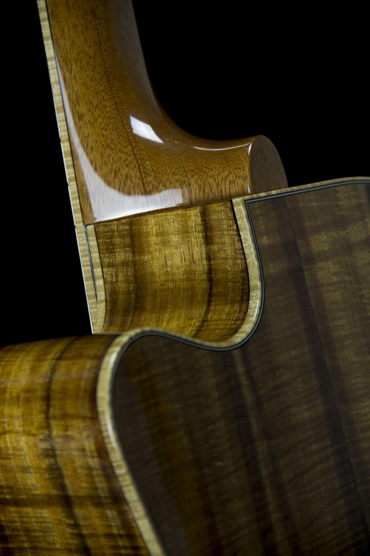 E cutaway Koa neck joint detail2.jpg
