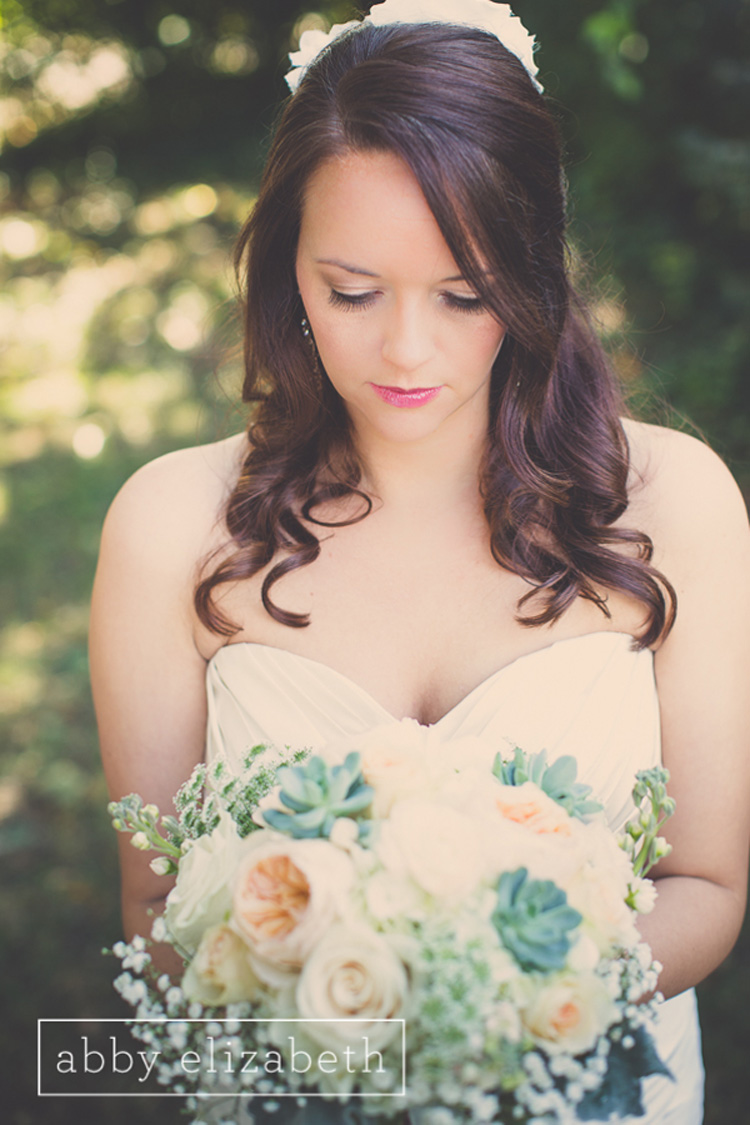 Crescent_Bend_Fall_Wedding_Knoxville_Bride_portrait_close.jpg