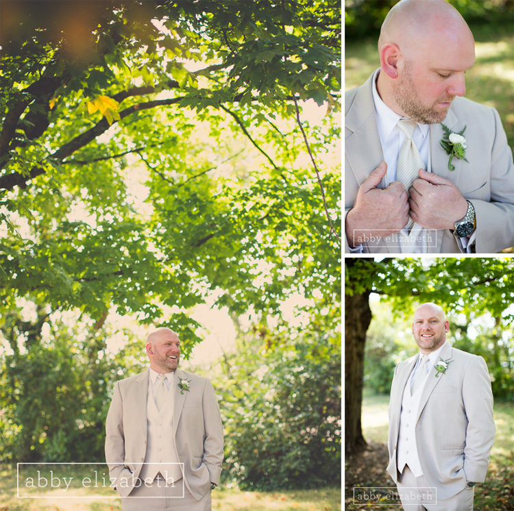 Crescent_Bend_Fall_Wedding_Knoxville_groom_portrait_under_tree.jpg