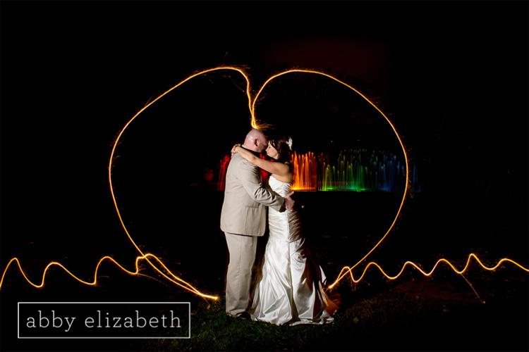 Crescent_Bend_Fall_Wedding_Knoxville_night_sparkler_bride_groom.jpg