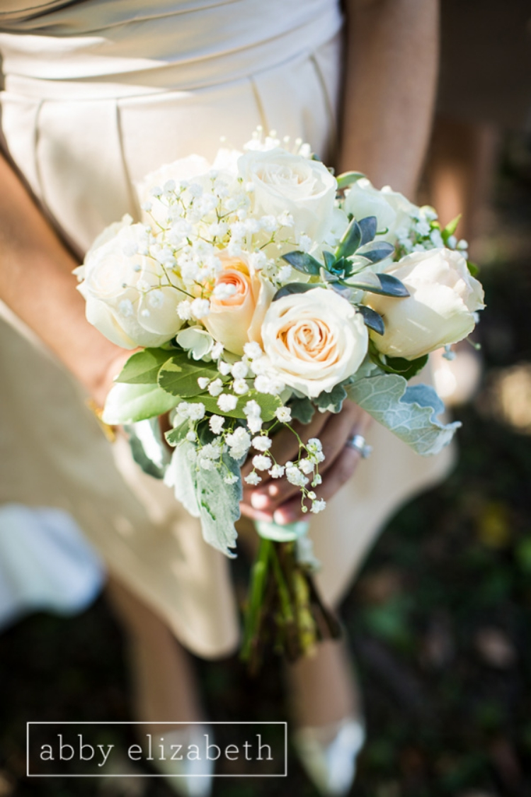 Crescent_Bend_Fall_Wedding_Knoxville_green_succulent_peach_bridesmaid_bouquet.jpg