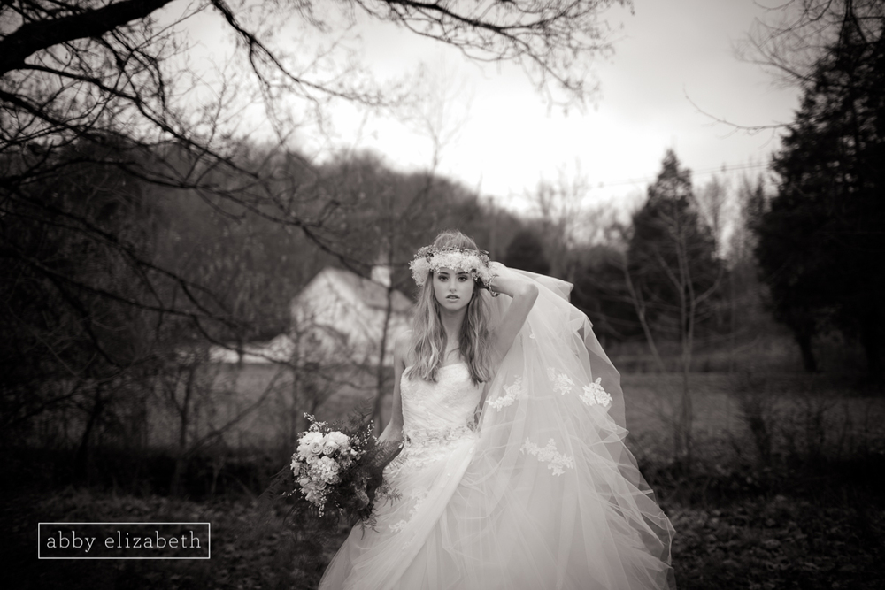 Winter_Bride_Knoxville_Bridal_Portraits_008.jpg