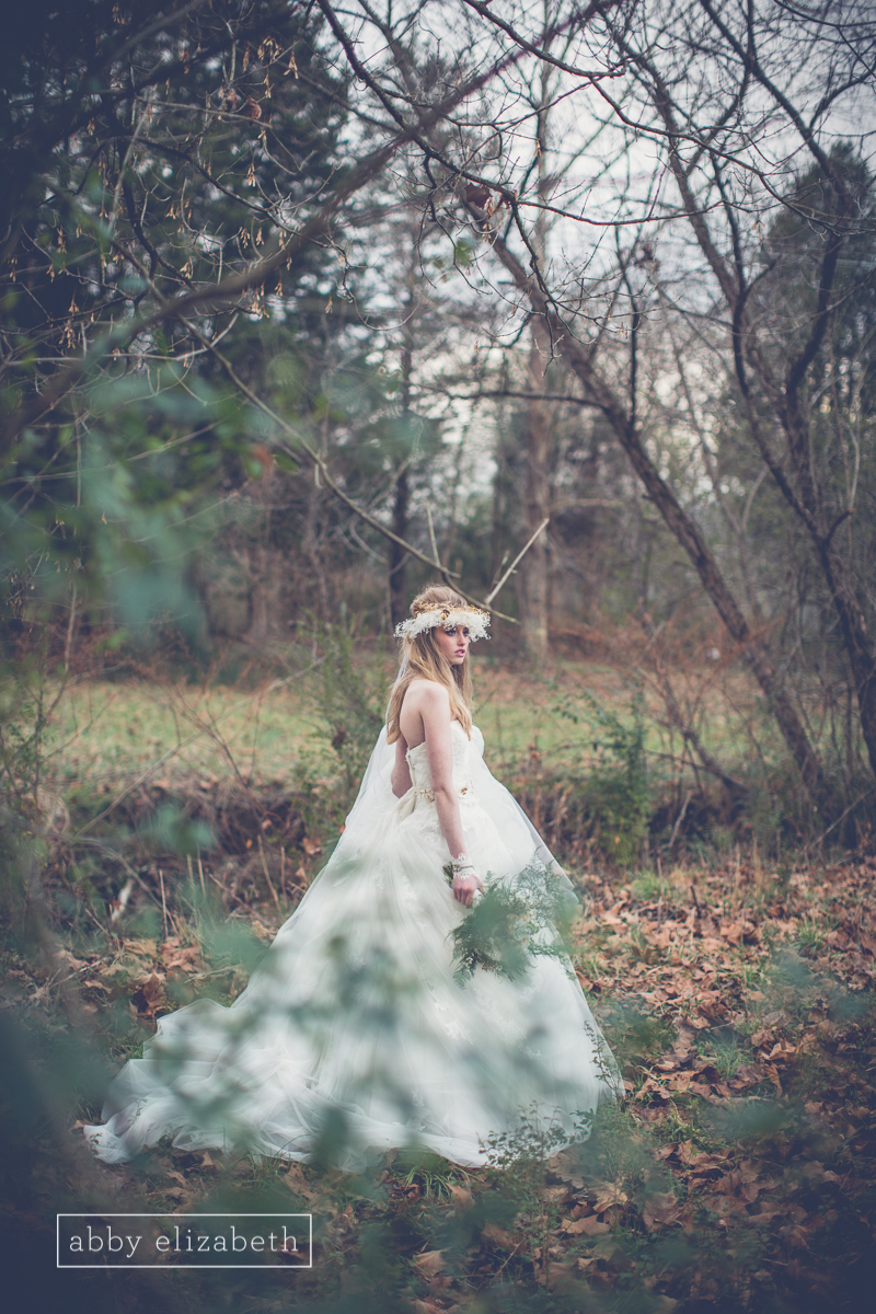 Winter_Bride_Knoxville_Bridal_Portraits_018.jpg