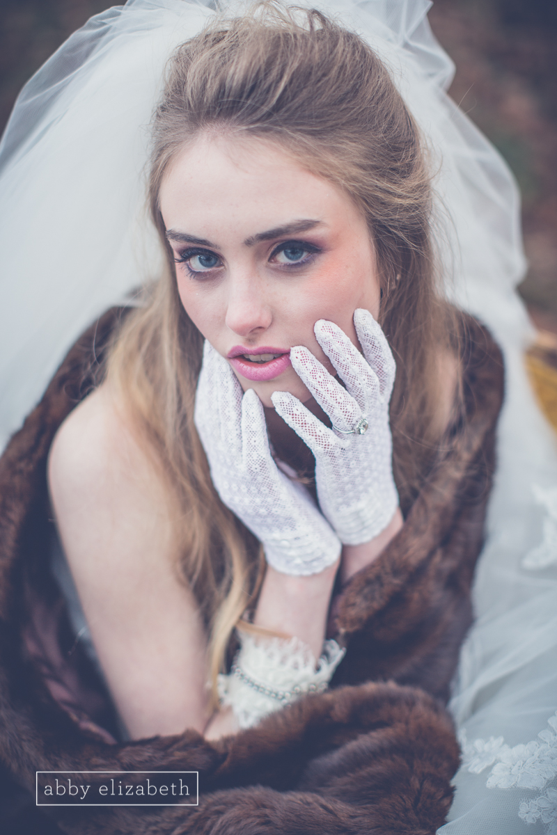 Winter_Bride_Knoxville_Bridal_Portraits_027.jpg