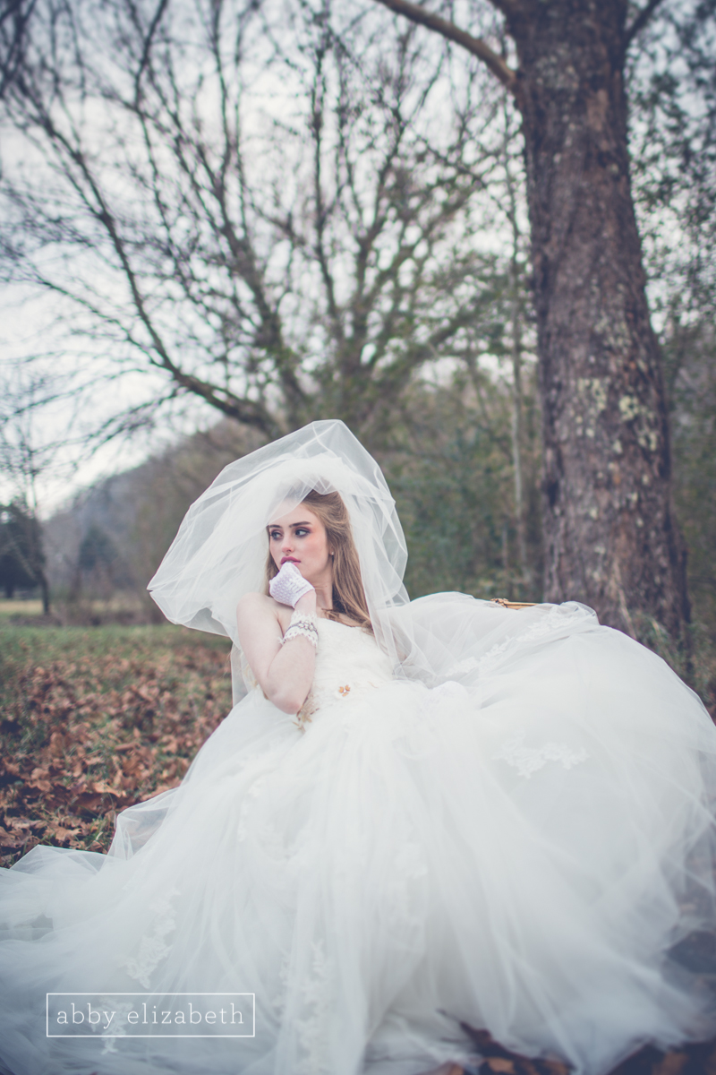 Winter_Bride_Knoxville_Bridal_Portraits_031.jpg