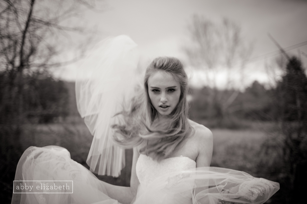 Winter_Bride_Knoxville_Bridal_Portraits_049.jpg
