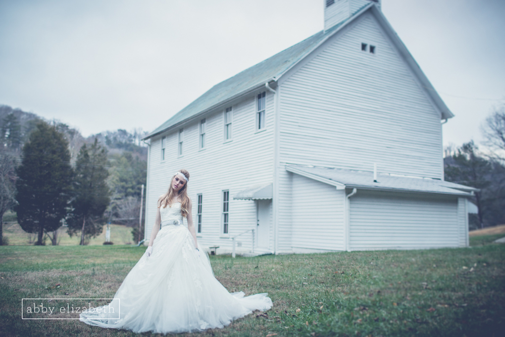 Winter_Bride_Knoxville_Bridal_Portraits_059.jpg
