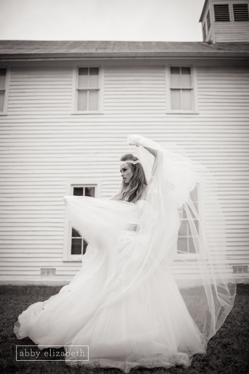 Winter bride knoxville styled bridal portrait abigail for Knoxville wedding dress shops