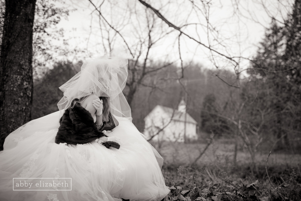 Winter_Bride_Knoxville_Bridal_Portraits_029.jpg
