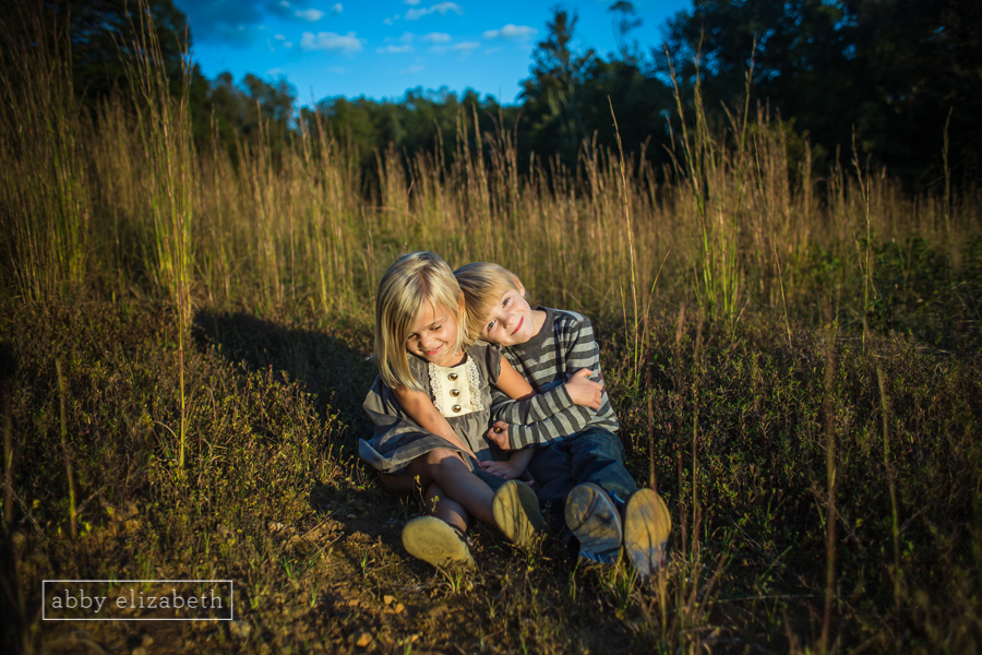 I just love photographing these sweet siblings!! I look forward to it every fall!