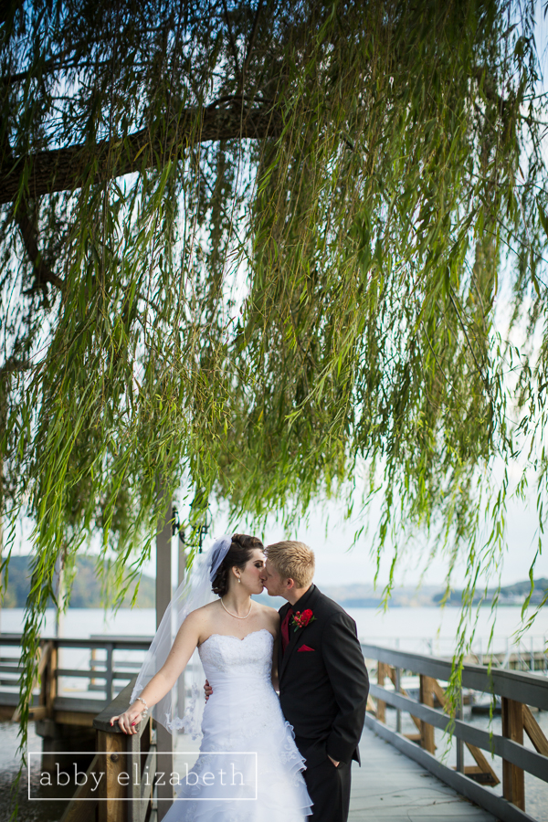 Sue Ann and Matt's Wedding at Tellico Yacht Club was a beautiful and  classy affair! Full Blog Here