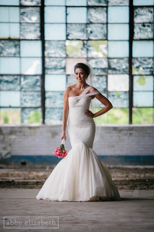 Knoxville_Bridal_Portraits_Urban_Bride_Abby_Elizabeth_Photography-4.jpg