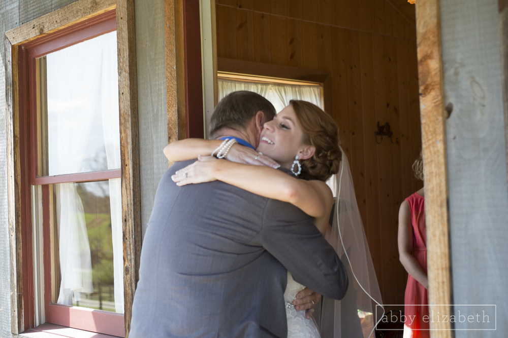 Abby_Elizabeth_Photograhy_Asheville_wedding_claxton_farms070.jpg