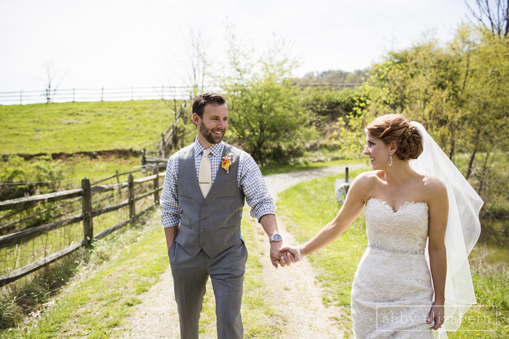 Abby_Elizabeth_Photograhy_Asheville_wedding_claxton_farms087.jpg