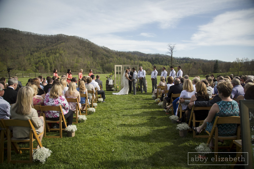 Abby_Elizabeth_Photograhy_Asheville_wedding_claxton_farms168.jpg