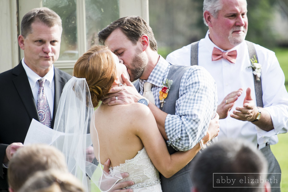 Abby_Elizabeth_Photograhy_Asheville_wedding_claxton_farms178.jpg