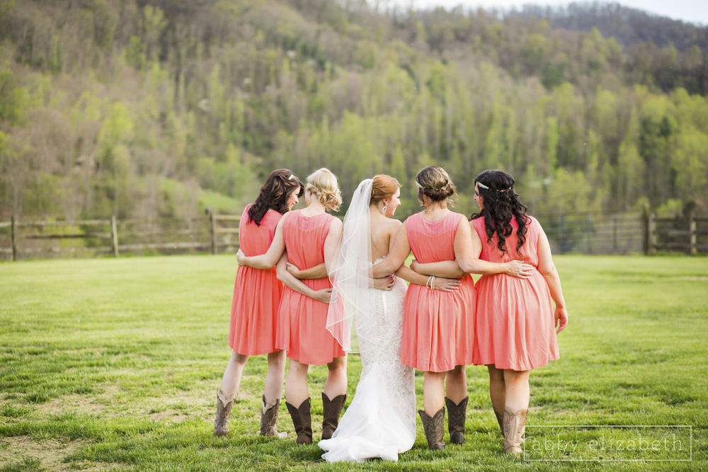Abby_Elizabeth_Photograhy_Asheville_wedding_claxton_farms193.jpg