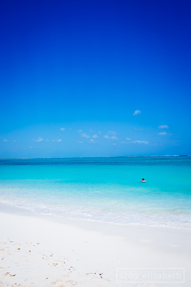 Turks_and_Caicos_Destination_Wedding_Abby_Elizabeth_Photography012.jpg