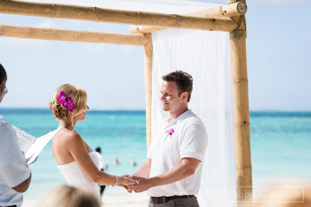 Turks_and_Caicos_Destination_Wedding_Abby_Elizabeth_Photography070.jpg