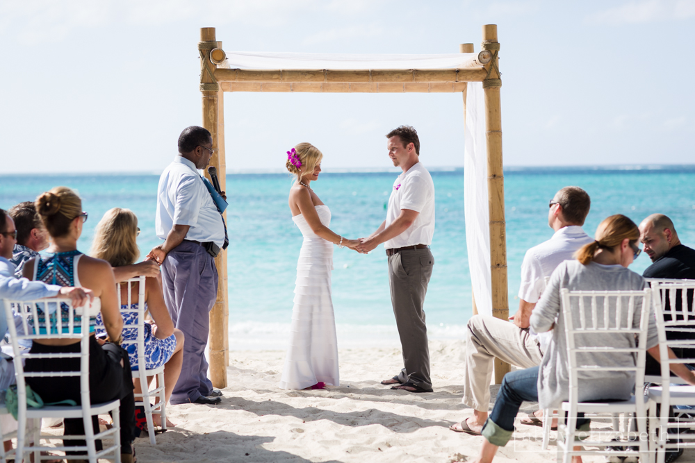 Turks_and_Caicos_Destination_Wedding_Abby_Elizabeth_Photography084.jpg