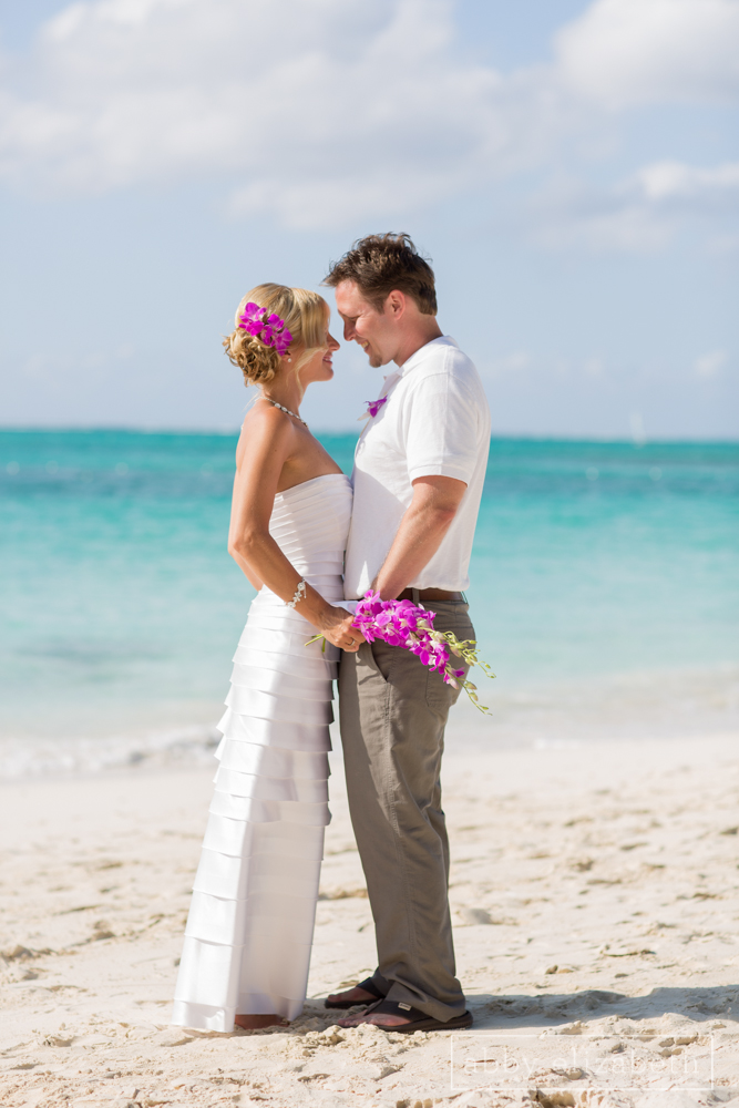 Turks_and_Caicos_Destination_Wedding_Abby_Elizabeth_Photography095.jpg