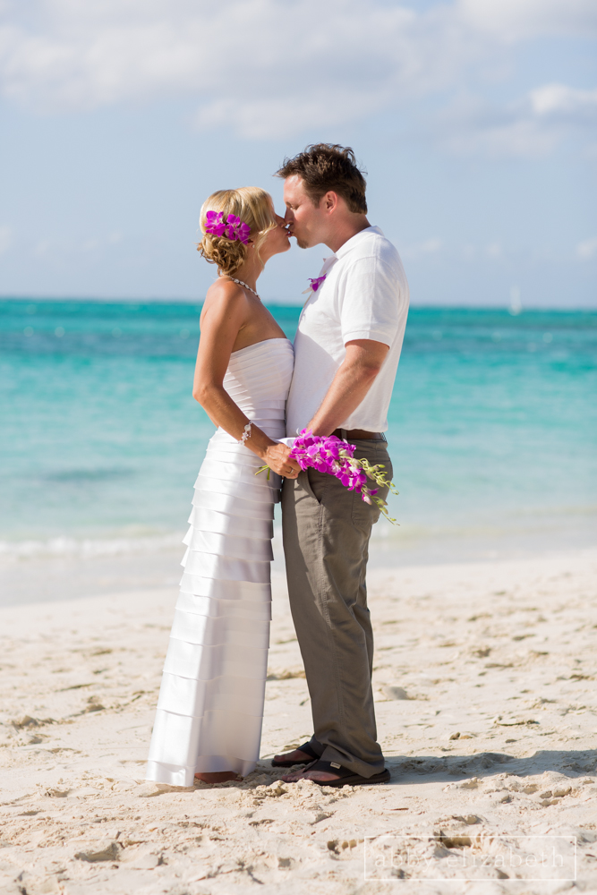 Turks_and_Caicos_Destination_Wedding_Abby_Elizabeth_Photography096.jpg