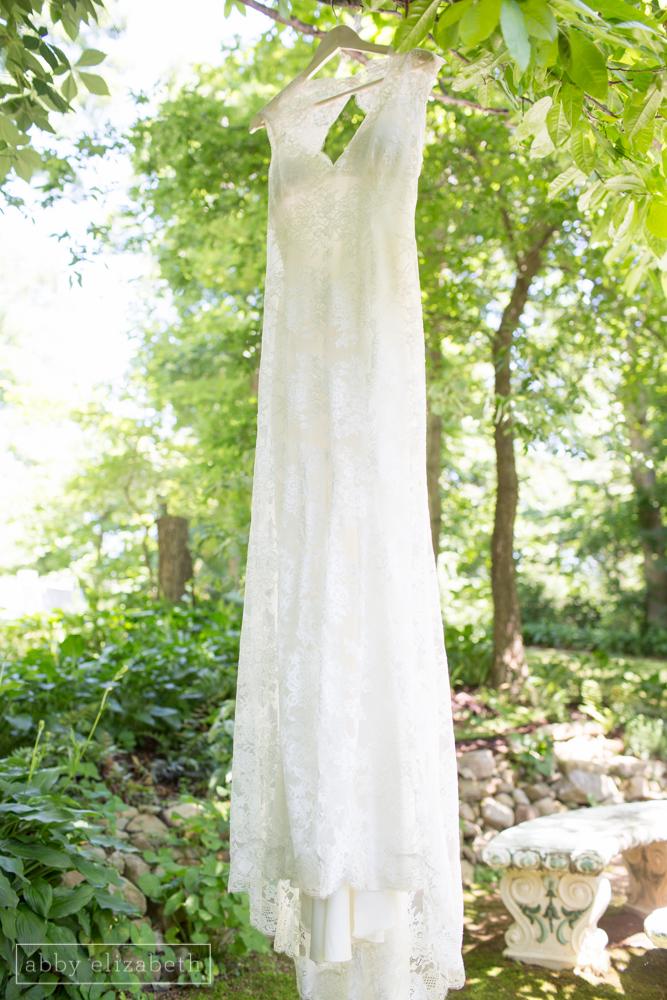 Storybrook_Farm_Wedding_Abby_Elizabeth_Photography011.jpg