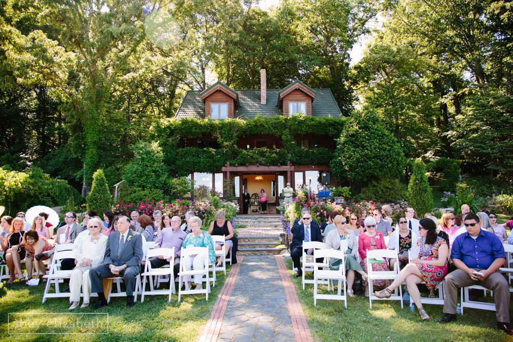 Storybrook_Farm_Wedding_Abby_Elizabeth_Photography083.jpg
