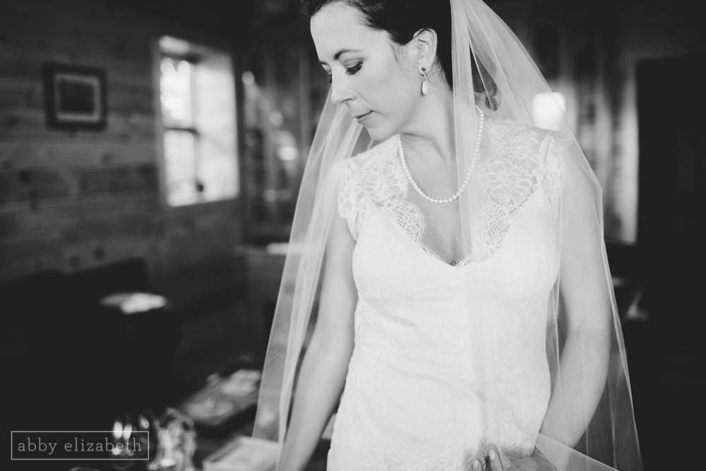 Storybrook_Farm_Wedding_Abby_Elizabeth_Photography091.jpg