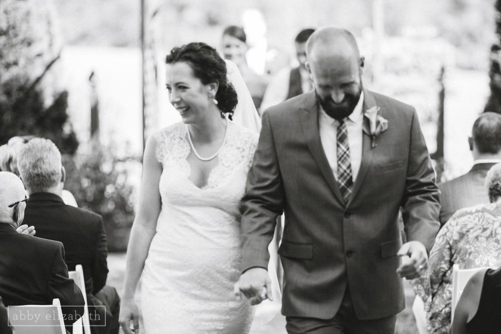 Storybrook_Farm_Wedding_Abby_Elizabeth_Photography103.jpg