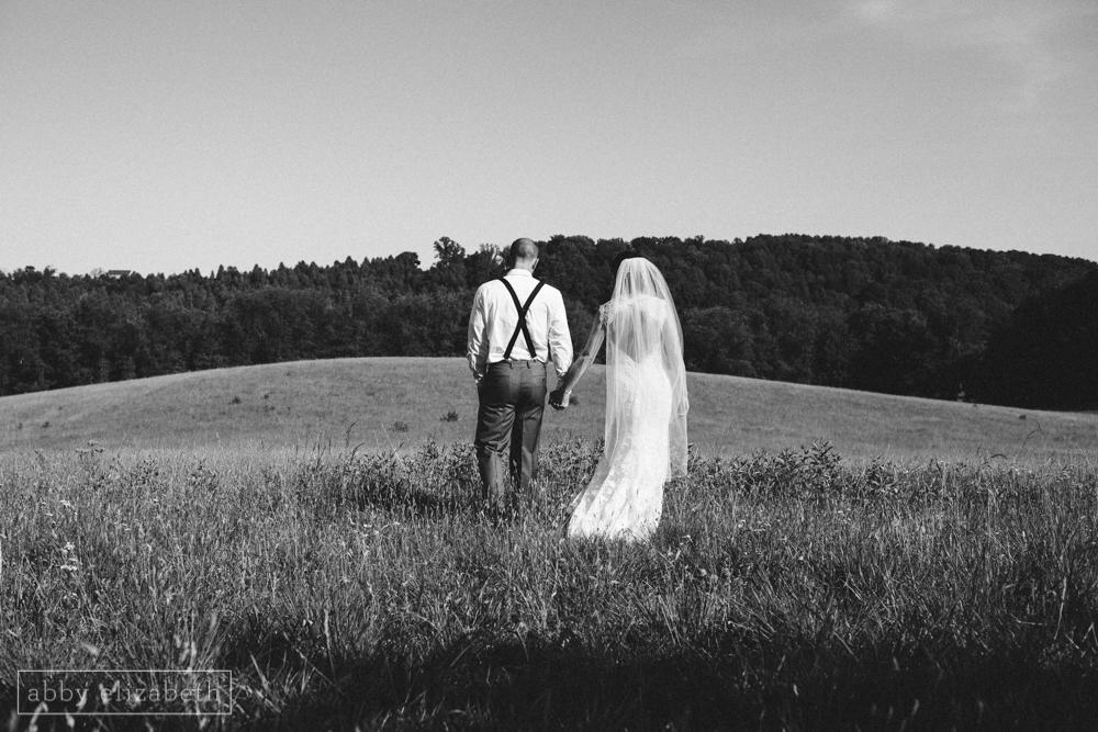 Storybrook_Farm_Wedding_Abby_Elizabeth_Photography110.jpg