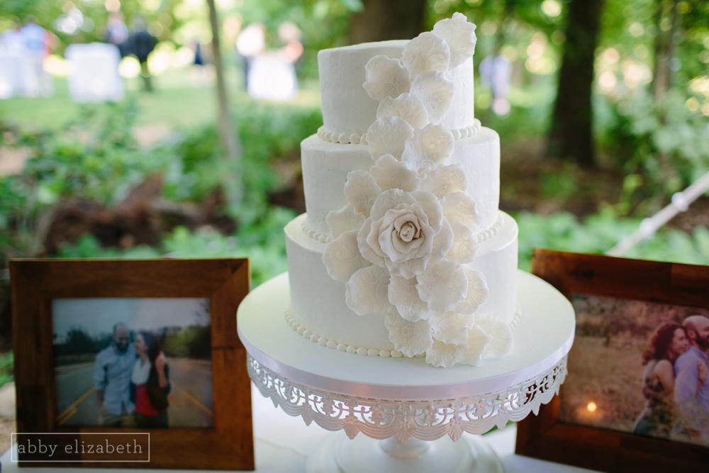 Storybrook_Farm_Wedding_Abby_Elizabeth_Photography128.jpg
