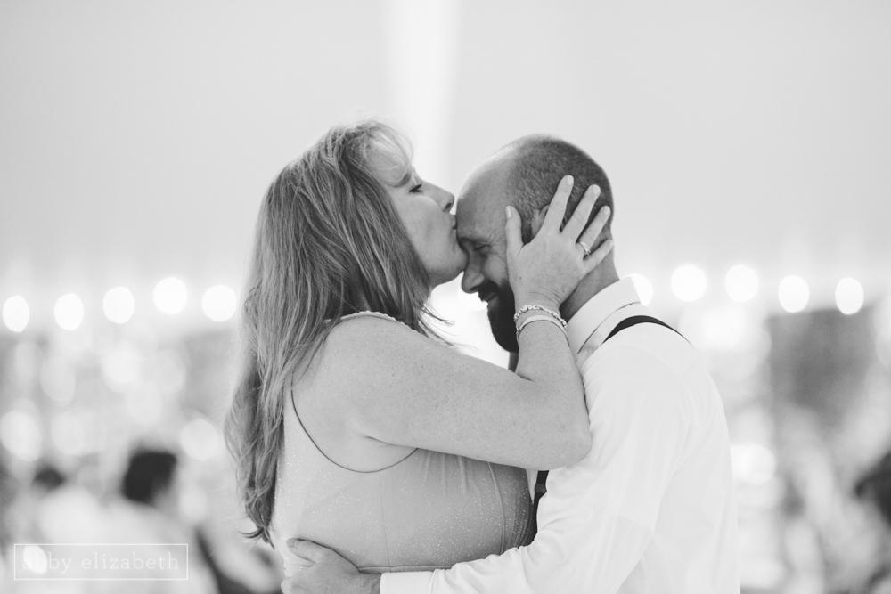 Storybrook_Farm_Wedding_Abby_Elizabeth_Photography140.jpg