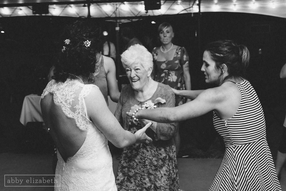 Storybrook_Farm_Wedding_Abby_Elizabeth_Photography164.jpg