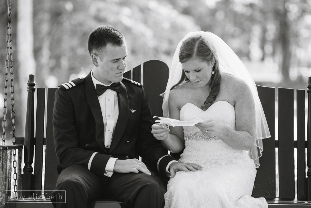 Knoxville_Backyard_Wedding_Abby_Elizabeth_Photography059.jpg