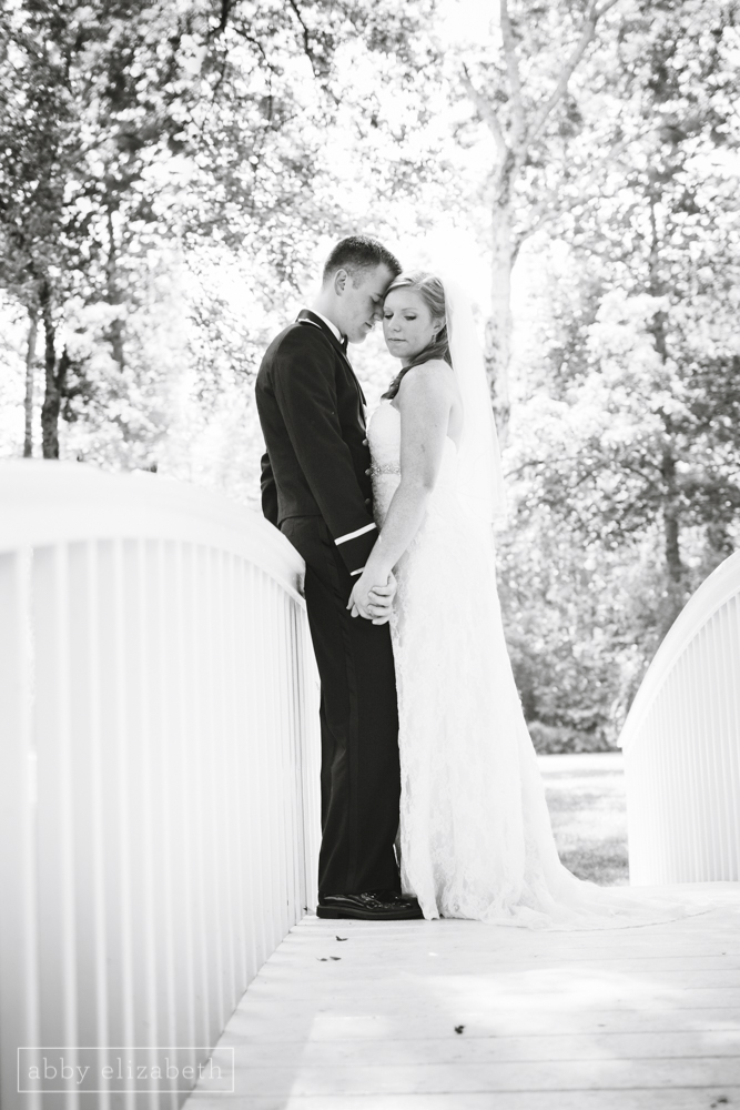 Knoxville_Backyard_Wedding_Abby_Elizabeth_Photography070.jpg