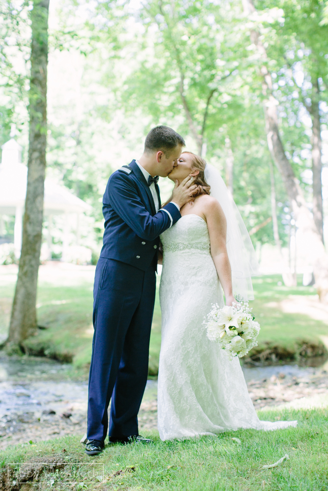 Knoxville_Backyard_Wedding_Abby_Elizabeth_Photography076.jpg
