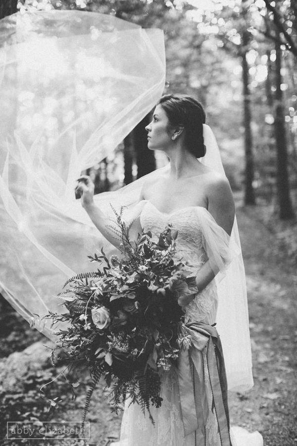 RT_Lodge_Bridal_Wedding_Abby_Elizabeth_Photograhy-11.jpg