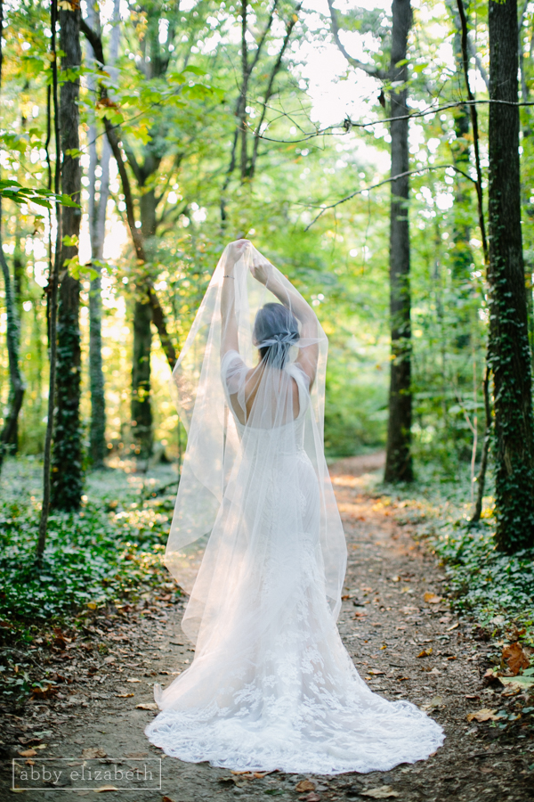 RT_Lodge_Bridal_Wedding_Abby_Elizabeth_Photograhy-17.jpg