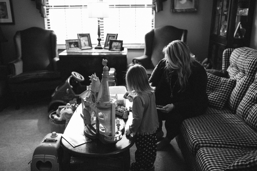 Abby_Elizabeth__Family_Storytelling_Knoxville_Family_Photography-76.jpg