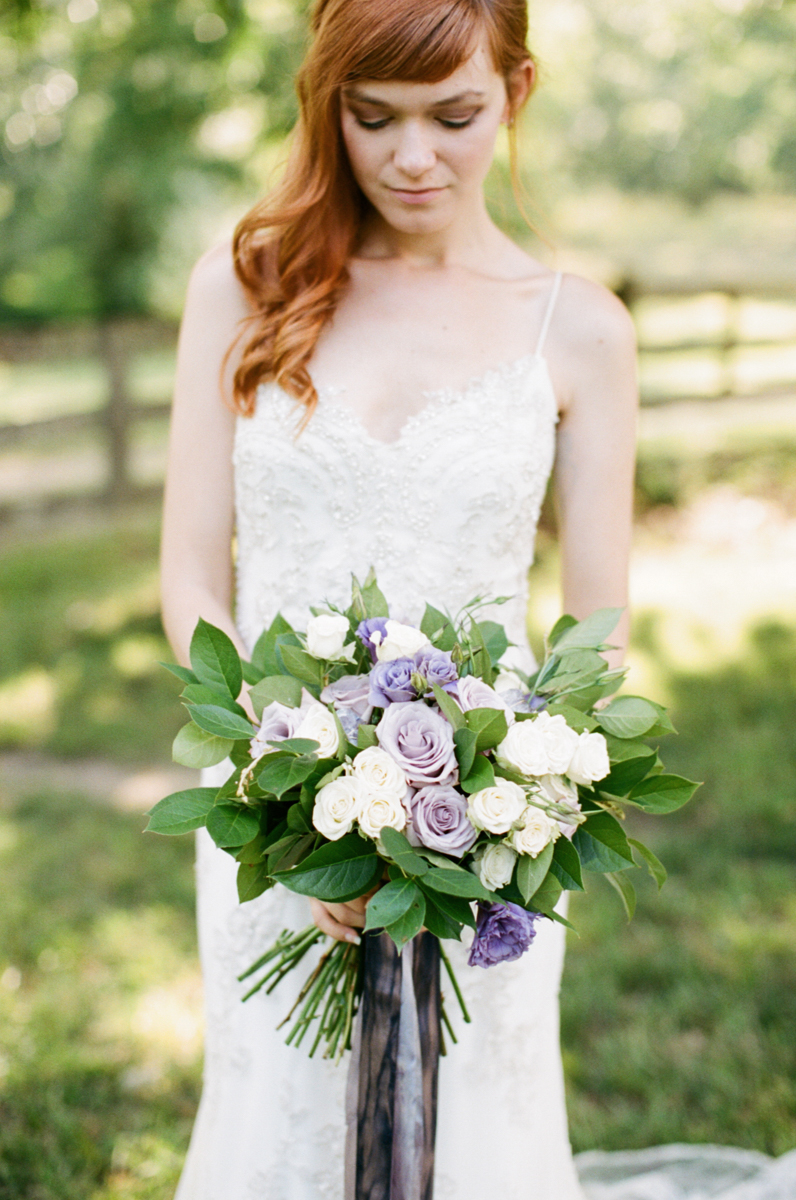 Abby_Elizabeth_Knoxville_Wedding_Photography_Horse_Boho_Bride_Bjorvala_Farms_red_Hair (12 of 63).jpg
