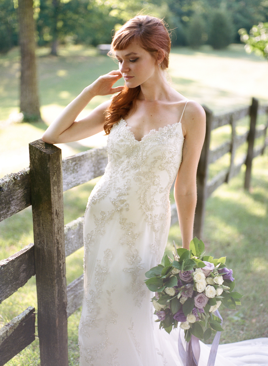 Abby_Elizabeth_Knoxville_Wedding_Photography_Horse_Boho_Bride_Bjorvala_Farms_red_Hair (37 of 63).jpg